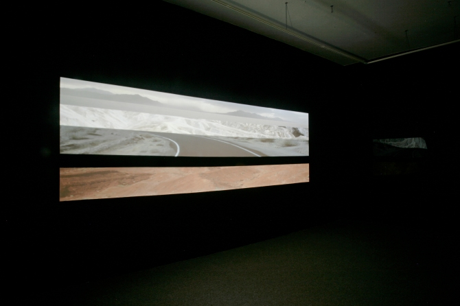 Ei,  installation video et sonore, Galerie Optica 2011 *Photo credits: Bettina Hoffmann
